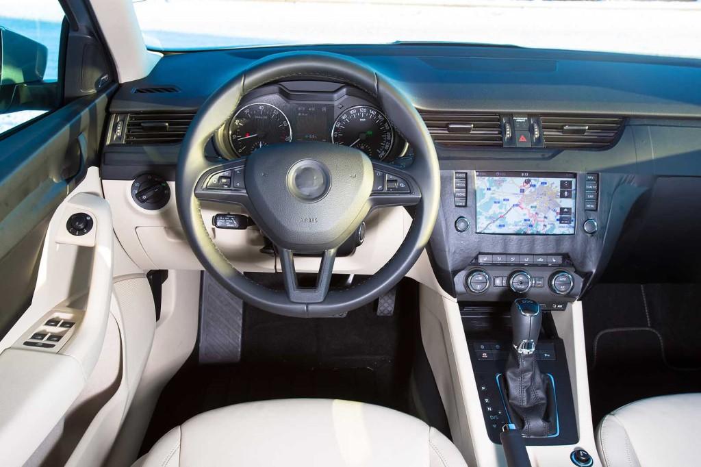Škoda Octavia III 1.8 TSI DSG SE plus - notranjost